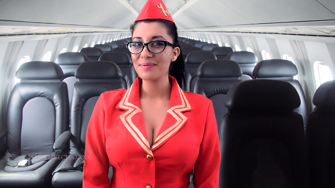 Livecleo-mile-high-air-hostess-squirt-tease-messy